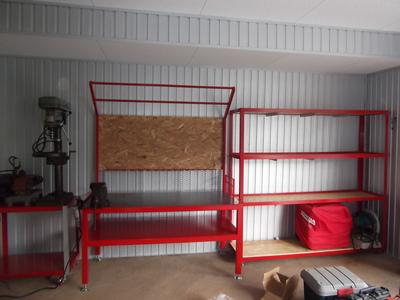 作業台の棚も作成
